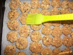 Kokosové sušenky z ovesných vloček bez mouky Mashed Potatoes, Healthy Recipes, Healthy Food, Cookies, Sweet, Ethnic Recipes, Desserts, Crinkles, Fitness