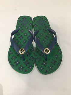 $24.99 Tory Burch Size 7/8 Tory Burch, Flip Flops, Footwear, Sandals, Shoes, Women, Fashion, Slide Sandals, Moda