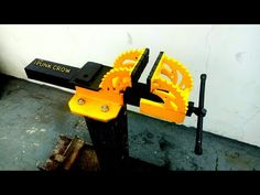 How To Make Metal, Homemade Tools, Wood Art, Metal Working, Diy, Youtube, Woodworking, Projects, Welding Tools