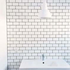 Sprucing up your space for summer? We'd like to help by giving away FIVE $250 gift cards! Entry details: post a photo of a room in your house that could use a little love. Tag us (@schoolhouse) in the photo, let us know what product would make your space complete, and use #schoolhouseelectric. Winners will be announced tomorrow at noon PST / Photo via @kristina100lc
