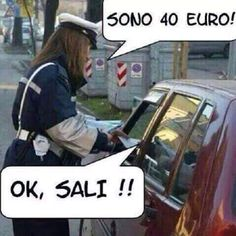 Dedicato a tutte le vigilesse d'Italia che fanno le multe