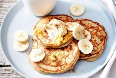 Banana Pancakes - WW Recipe - Here is the recipe for banana pancakes, taste very light, flour-free, milk-free and fat-free, Panca - Breakfast Waffles, Banana Pancakes, Banana Recipes, Ww Recipes, Weigth Watchers, French Crepes, Ww Desserts, Crepe Recipes, French Toast Casserole