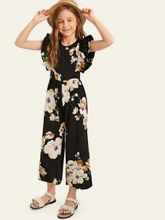 Check out this Girls Ruffle Armhole Floral Wide Leg Jumpsuit on Shein and explore more to meet your fashion needs! Dresses Kids Girl, Kids Outfits Girls, Cute Girl Outfits, Girls Fashion Clothes, Kids Fashion, Fashion Outfits, Jumpsuits For Girls, Long Jumpsuits, Mode Kpop