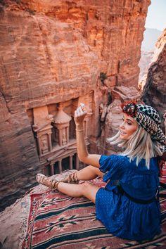 Jordan…Petra and all my favorite places!Petra and all my favorite places! - Styled Avenue Jordan…Petra and all my favorite places!Petra and all my favorite places! Cool Places To Visit, Places To Travel, City Of Petra, Site Archéologique, Jordan Travel, Sharm El Sheikh, Egypt Travel, Jordan Petra, Travel Style
