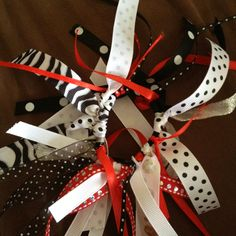 Ribbon hair bow..great for pony tails..use any type of ribbon you want for any occasion ! Easy and fun to make.