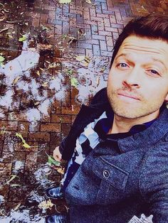 There's No Place Like Home<<Misha Collins Selfie