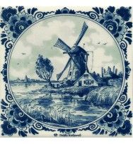 DELFTS BLAUW TEGEL MOLEN BOERDERIJ KNOTWILG Blue And White China, Blue China, Love Blue, Holland Windmills, Painted Hats, Blue Tiles, Delft Tiles, Tile Art, Old Antiques