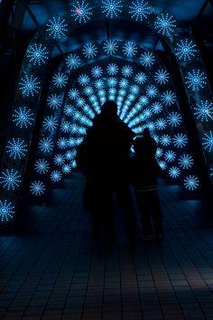 Stargate, Christmas illumination in Tokyo's Suidobashi LaQua spa. #Japan