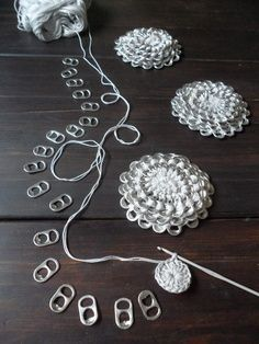 can tab crafts | Aluminum pull tab crochet flower; lacre flores; soda pop tops