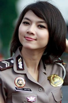 Indonesian Police Woman Must Pass Virginity Exam Police Officer Requirements, Female Police Officers, Military Personnel, Military Uniforms, Police Duty Belt, Indonesian Women, Courageous People, Brave Women, Military Women