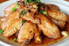 Filipino Adobo Chicken Wings and Onions in Garlic, Shoyu, Apple Cider Vinegar, Bay, and Peppercorn Sauce One Pot Dishes, Main Dishes, Dinner Entrees, Chicken Wing Recipes, Chicken Wings, Chicken Adobo, Thai Chicken, Dinner Is Served, How To Cook Chicken