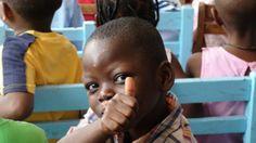 Sus gentes el día a día de la ciudad y la cultura. Pero sobre todo me encanta el Orfanato con el que colaboro desde hace años: CEPAFE. La Soeur Judith está al mando de este orfanato donde mas de 40 niños han encontrado su hogar.