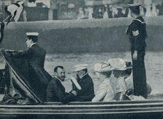 antiqueroyals: Czar Nicholas II and Czarina Alexandra in a visit to Edward VII