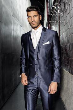 Novios elegantes y con mucho estilo #Entrebastidores http://blog.higarnovias.com/2015/02/13/trajes-de-novio/
