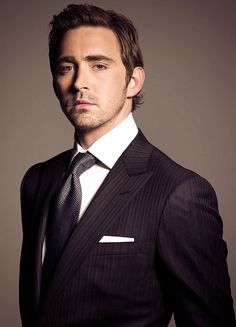 Lee Pace. *rubs eyes* That suit looks dark purple on my screen. O.o Is it just me? (Either way, good SHOW, dude!!)
