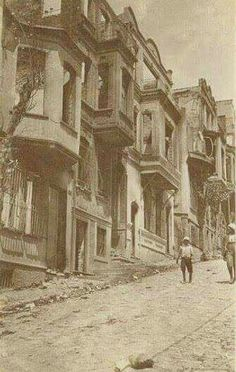 İşgal yıllarında Kadıköy, Yeldeğirmeni Historical Pictures, Once Upon A Time, Old Photos, Past, Nostalgia, Urban, History, Architecture, World