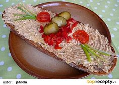 Pomazánka z vepřové konzervy recept - TopRecepty.cz Avocado Toast, Ham, Food And Drink, Pudding, Mexican, Cheese, Baking, Breakfast, Ethnic Recipes