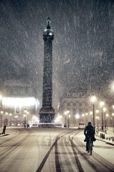 Nevando en París, Francia. #Viaje #Turismo