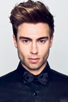 Medium length sexy hairstyle for men
