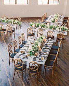 It Was Back-to-Back Weddings for This Couple in St. Louis | Martha Stewart Weddings - After the church ceremony, guests gathered for a five-course dinner at marbleized feasting tables in the picturesque Caramel Room.