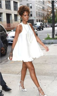 Rihanna Outfit Ideas Picture 7 ways to wear a little white dress in the spring and summer Rihanna Outfit Ideas. Here is Rihanna Outfit Ideas Picture for you. Rihanna Outfit Ideas jeans and heels like rihanna celebrity inspired date. White Dress Outfit, Dress Outfits, Fashion Outfits, Womens Fashion, Rihanna White Dress, Fashion Fashion, Indie Outfits, Sexy White Dress, Bar Outfits