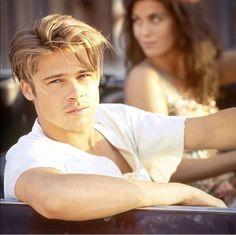 Handsome Actors, Cute Actors, Brad Pitt Haircut, Brad Pitt Hairstyles, Johnny Depp Leonardo Dicaprio, Fight Club Brad Pitt, Young Men Haircuts, Brad Pitt Photos, Brad And Angelina
