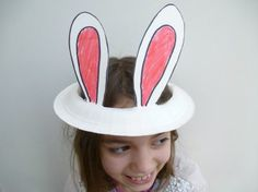 Easy Easter bonnets to make in minutes = paper plate bunny ears  #easter #easterbonnets #eastercrafts
