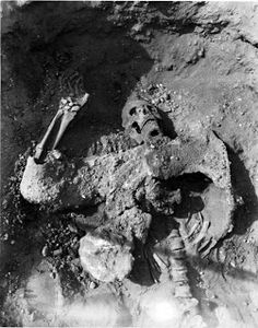 12 Foot Prehistoric Sioux Indian Skeleton Discovered in Missouri