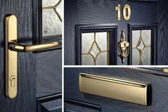 black front door with gold hardware Composite Front Door, Black Front Doors, Roof Lantern, Little Greene, Windows And Doors, Gold Hardware, Lanterns, Door Handles, Sweet Home