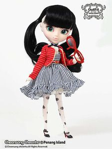 Is your darling Pullip's closet missing the Penang Island set? Can't you just imagine the cute poses you can take of your Pullip in this beautiful dress set #pullip