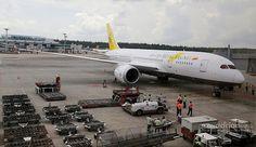 Royal Brunei Airlines Dreamliner Maiden Flight to Singapore 18 October 2013