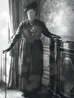 Violet Crawley - Maggie Smith