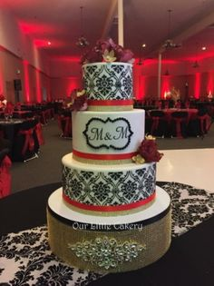 Damask wedding cake in Gold, red and black