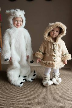 Inspiration & accessories for your DIY Polar Bear halloween costume idea Sibling Halloween Costumes, Bear Halloween, Toddler Costumes, Family Costumes, Group Costumes, Diy Costumes, Toddler Outfits, Costume Ideas, Polar Bears For Kids