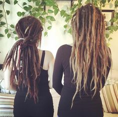 """104 Likes, 2 Comments - Samantha Pearl (@dearlydreaded) on Instagram: """"I had a couple of dread babes in my house today! ❤️ #dreads #dreadlocks #dreadmaintenance…"""""""