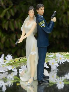 Police Officer Bride Groom Guns Wedding Cake Topper law enforcement classic garter **Love this! But can't the bride have blonde hair? The Office Wedding, Police Wedding, Police Officer Wedding, Female Police Officers, Wedding Cake Toppers, Wedding Cakes, Wedding Sweets, Dream Wedding, Wedding Day