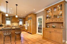 Rockport Gray with Golden Oak Kitchen @Raelin Encinas