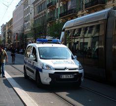 Citroen_Berlingo_police_municipale_Nice. Citroen Car, Custom Cars, Automobile, Van, Nice, Pictures, Car, Touring, Nice Cars