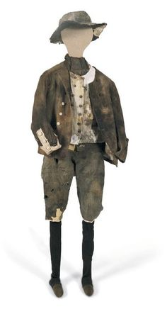 clothing from the wreck of General Carleton are called slops. purchased by the ship's purser or steward for issue and/or sale to the crew. Slops were issued to crew members recruited by force who did not have suitable clothes or when the crew members' own clothes were damaged. Seamen wore functional garments. the jackets did not have tails, which could easily get entangled during climbing ropes and masts. Wide slits in trouser legs and sleeves made it easier to roll them up.