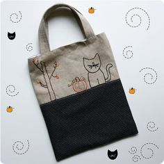 Trick-or-Treat Tote Bag  Free PDF Pattern #sewing #embroidery #halloween