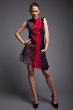 Fabelhafte Kleid grau Seide Merinowolle rote Chiffon von Art4Deko