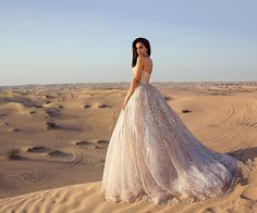 Sylwia Romaniuk  Desert photography Dubai   Wedding princess dress   Arab Fashion Week 17'