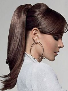 chic ponytail hairstyle for straight hair
