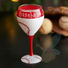 These make a perfect gift and can be customized with team name and colors, just let me know!    This glass has been specially hand painted and