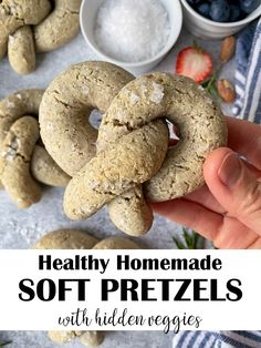 These Vegan Pretzels are an easy, gluten free, Paleo and yeast free soft baked pretzels recipe. They are made with a combination of almond flour, tapioca flour and ground flax and contain hidden cauliflower - you cannot taste it! These Paleo pretzels are kid approved, have no added sugar and are perfect for a healthy snack or meal addition. #pretzels #veganpretzels #paleopretzels #softbakedpretzels #cauliflower #easyrecipes #kidapproved Paleo Pretzels, Homemade Soft Pretzels, Pretzels Recipe, Yeast Free Pretzel Recipe, Vegan Soft Pretzel Recipe, Sugar Free Muffins, Baking Soda Bath, Gluten Free Snacks, No Sugar Foods
