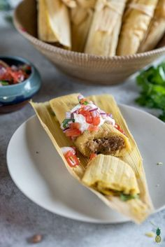 A step-by-step guide on how to make the BEST vegan tamales this holiday season. Not only are these fairly easy to make, but they are also packed with flavor and will definitely impress your friends and family! Vegan Vegetarian, Vegetarian Recipes, Cooking Recipes, Healthy Recipes, Vegan Meals, Vegan Food, Cooking Tips, Freezer Recipes, Vegan Raw