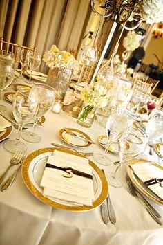 Table setting at El Convento