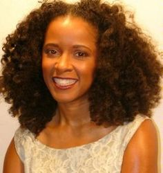 T'Keyah Crystal Keymáh with natural hair