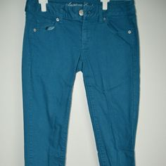 Blue American Eagle Jeans Blue Jeans from American Eagle. Size: 2. Skinny fit. Would look adorable with a versatile blouse or comfy tee. So cute for Spring and Summer! American Eagle Outfitters Jeans Skinny