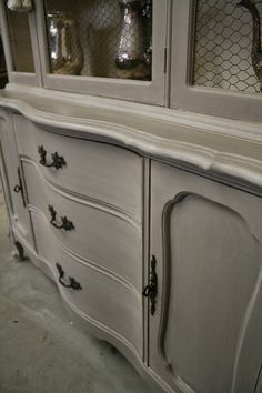 The Old Ochre muted the Coco and transformed it into a soft, warm, neutral grey. After the wash dried, I applied a coat of Annie Sloan Clear Wax, ...